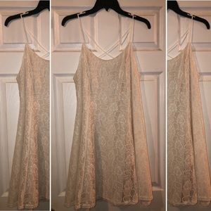 Cream Lace Dress (L)